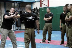 Michael Rüppel beim Training einer Spezialeinheit  in der LOTAR-Counter Terrorism Tactical School in Israel